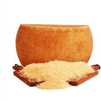 Grana Padano (Parmesan) geraspt